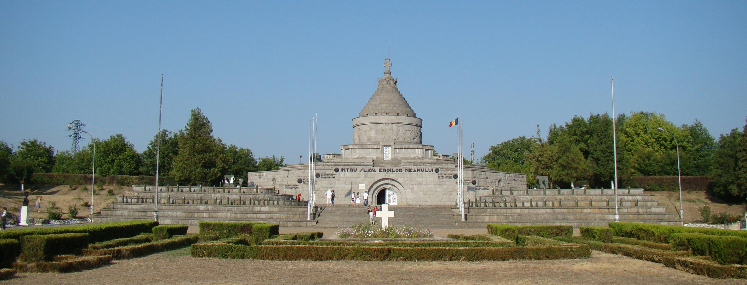 Mausoleul-de-la-Mărășești